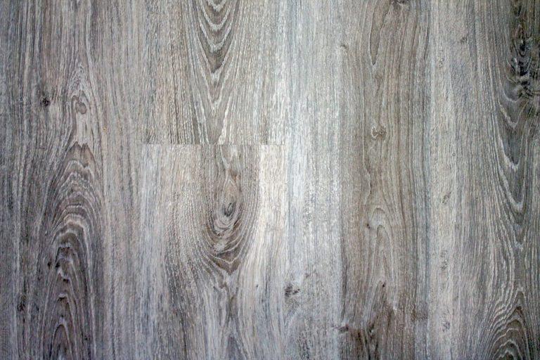 szara podłoga olejowana