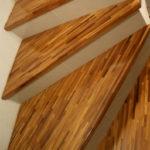 Afromosia przemysłowa – drewno dla wymagających